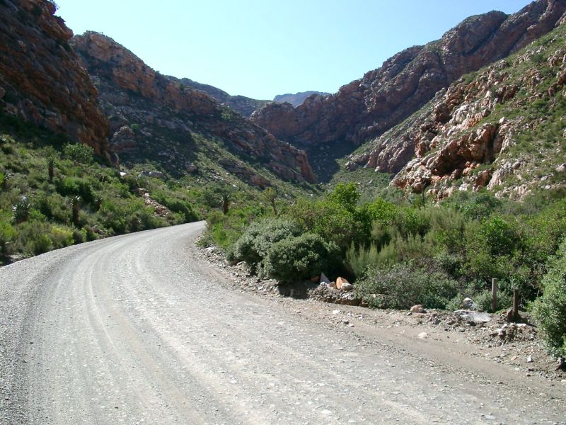 Entrance to Seweweekspoort from the North